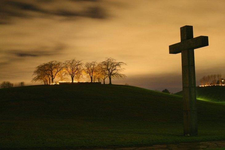 Pre-Easter Sermon Series Ideas – Sermon Outlines for Busy